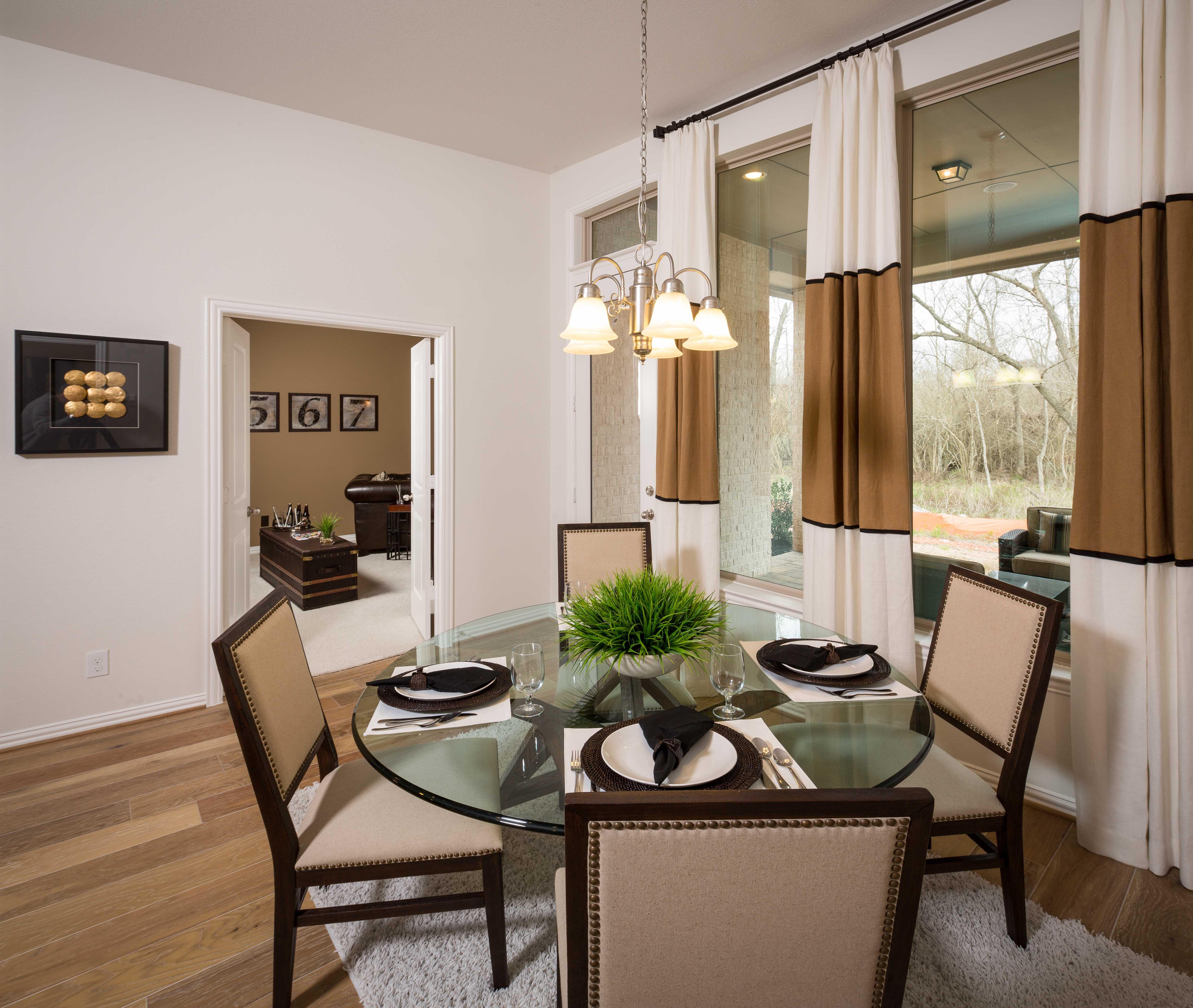 Model Home In Houston Texas, Fulbrook On Fulshear Creek