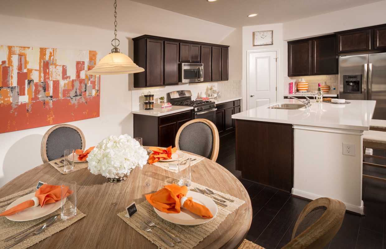 Model home in austin texas siena community for Ashwood homes