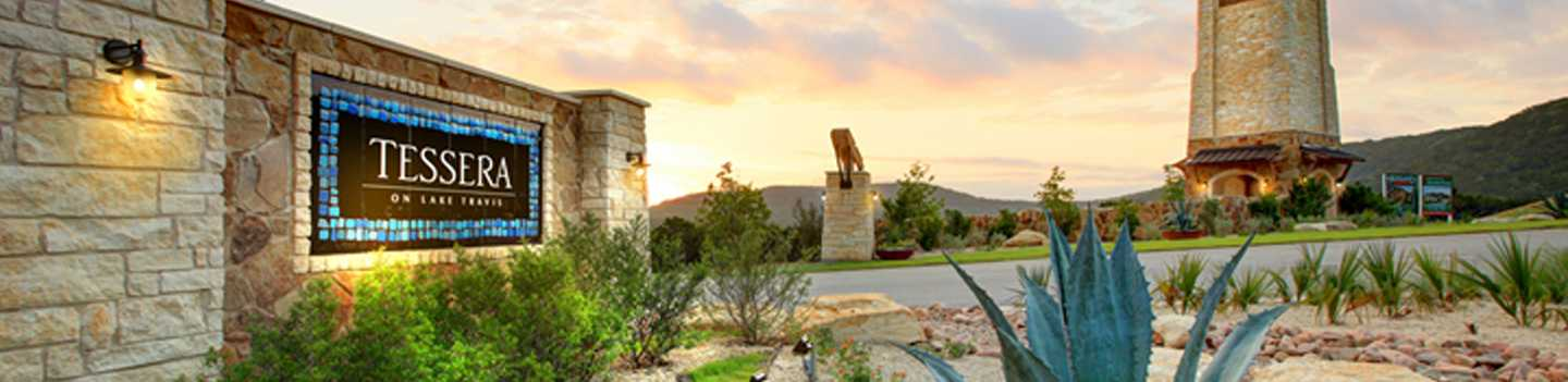 New homes in lakeside at tessera on lake travis 60s home for Lago vista builders