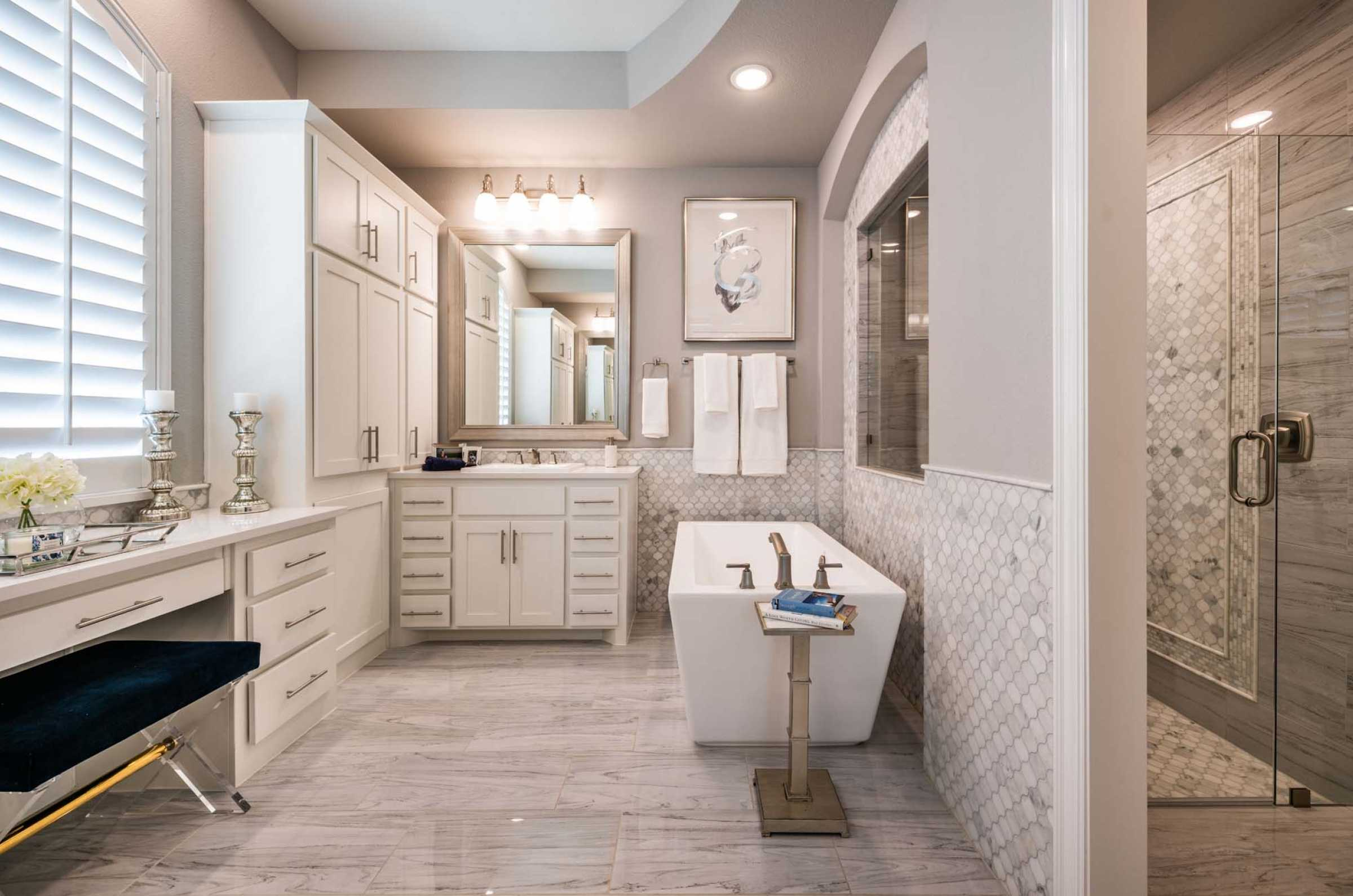 Highland Homes - Texas Homebuilder Serving DFW, Houston, San ... on bathroom remodeling from 1980s, bathroom modern country designs, bathroom shower ideas, bathroom remodeling ideas for ranch style home,