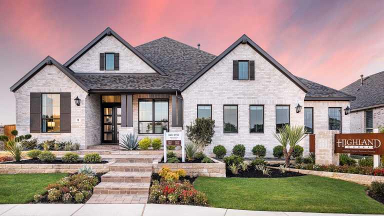New Homes In 6 Creeks At Waterridge 70ft Lots Home Builder In